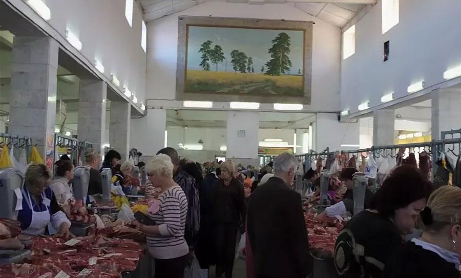 Центральный рынок в Оренбурге внутри
