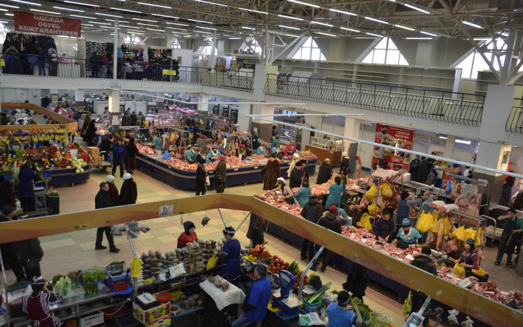 Центральный рынок в Тюмени внутри