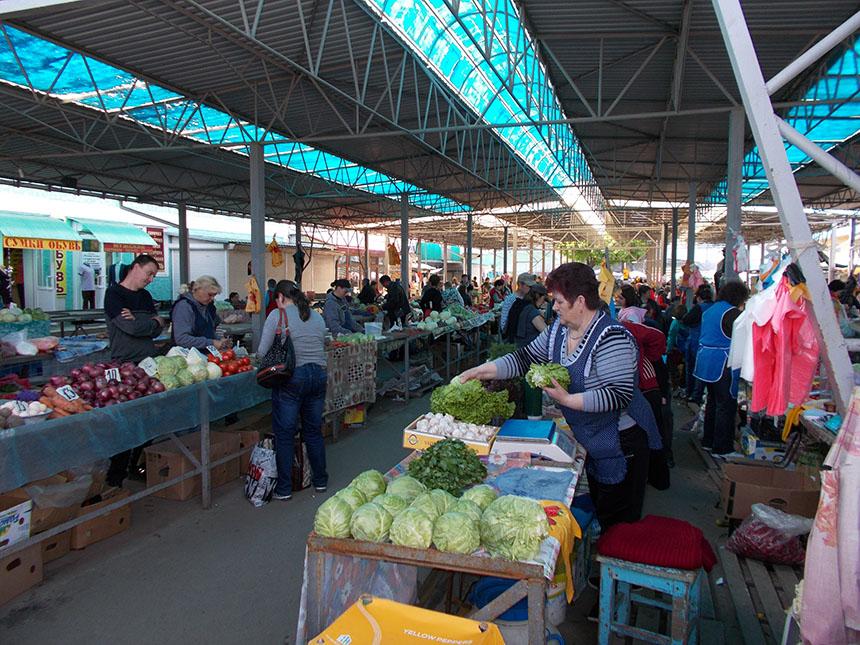 Центральный рынок в Белгороде изнутри